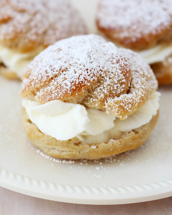 Mini Cream Puffs