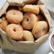 Baked Cinnamon Sugar Donuts from Baker Bettie