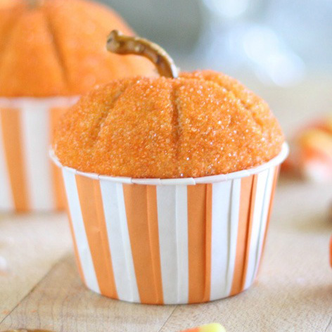 Pumpkin Cupcakes from Liz On Call