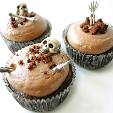 Living Dead Cupcakes from I Don't Know How She Does It