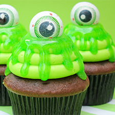 Slimy Cupcakes from Make Bake Celebrate