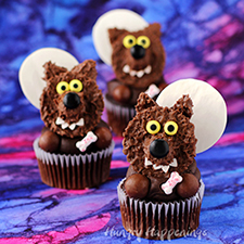 Reese's Cup Werewolf Cupcakes from Hungry Happenings