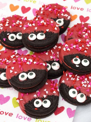 love bug oreo cookies on a plate